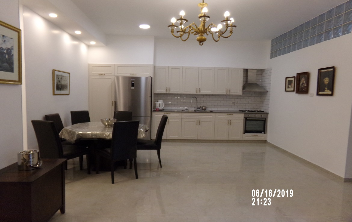 # Ahava Jerusalem, realtor, msl, property portal, real estate, home, house, sale, dream house, luxury, Israel, Jerusalem, apartment for sale, flat, 3 bedrooms, good location, city centre, porch